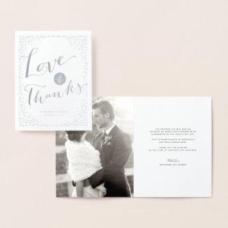 Cartão Metalizado O confete pontilha o amor moderno & os obrigados