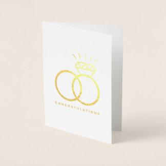 Cartão Metalizado Parabéns Wedding dos aneis de diamante do casal