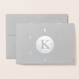 Cartão Metalizado Prata Monogrammed do teste padrão do Natal