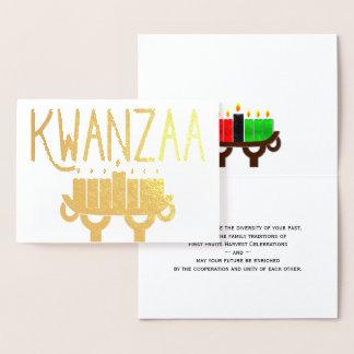 Cartão Metalizado Velas de Kwanzaa Kinara e primeira mensagem das