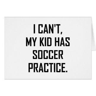 Cartão Meu miúdo tem a prática do futebol engraçada