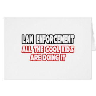 Cartão Miúdos legal da polícia…