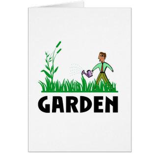 Cartão molhando o jardim
