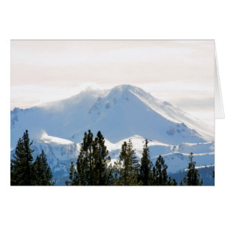 Cartão Montanha coberto de neve