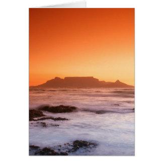 Cartão Montanha da mesa no por do sol, Bloubergstrand