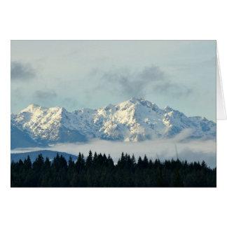 Cartão Montanhas olímpicas no estado de Washington