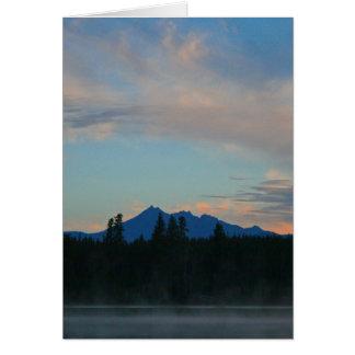 Cartão Montanhas Oregon da cascata do nascer do sol