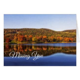 Cartão Montanhês refletido no lago que falta o nota vazia