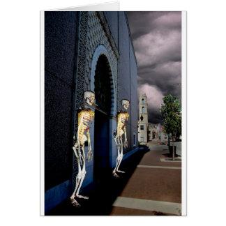 Cartão Morte através da porta