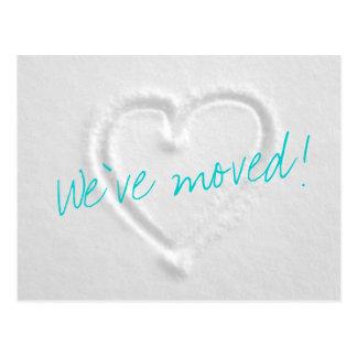 Cartão moventes do inverno com coração tirado na
