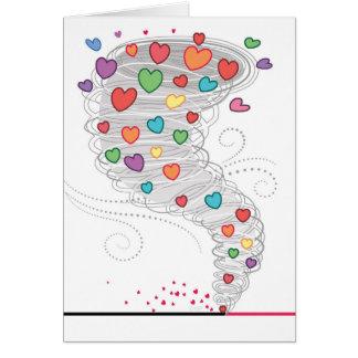 Cartão Namorados coloridos do furacão do coração