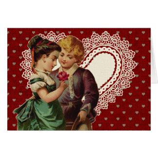 Cartão Namorados nostálgicos com crianças e coração do