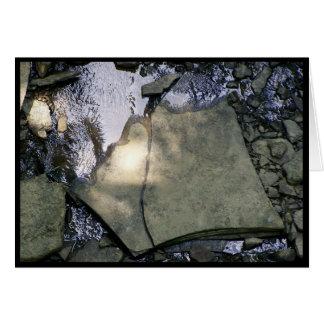 Cartão Nas rochas