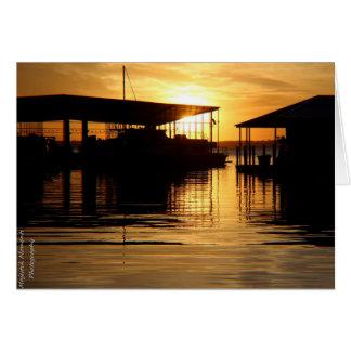 Cartão Nascer do sol sobre o raio Hubbard do lago