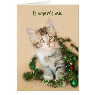 Cartão Natal do país Tangled acima do gatinho