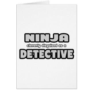 Cartão Ninja disfarçado inteligente como um detetive
