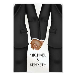 Cartão Noivo alegre elegante do casamento que mantem as