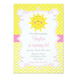Cartão Nosso pouco aniversário da luz do sol