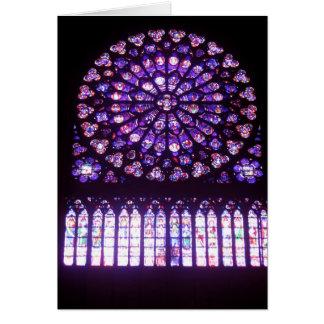 Cartão Notre-Dame, norte aumentou
