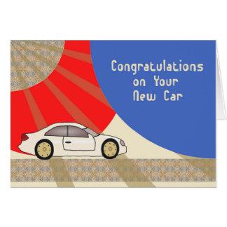 Cartão novo dos parabéns do carro com carro de