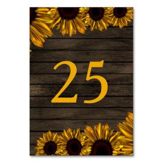 Cartão Número de madeira da mesa do celeiro rústico dos