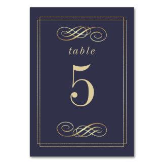 Cartão Números elegantes da mesa do casamento da folha de