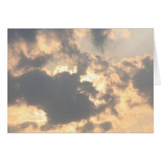 Cartão Nuvem vermelha