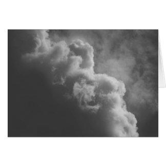 Cartão Nuvens tormentosos