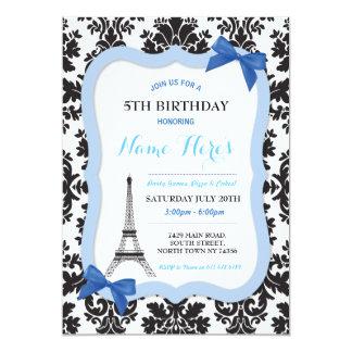 Cartão O aniversário azul do arco da torre Eiffel de