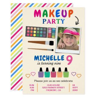 Cartão O aniversário colorido bonito dos partys girl da