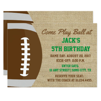 Cartão O aniversário temático do futebol rústico convida