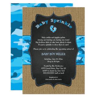 Cartão O bebê azul de Camo polvilha convida, camufla a