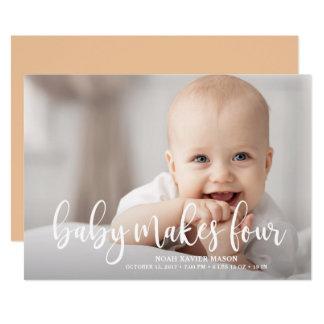 Cartão O bebê faz quatro