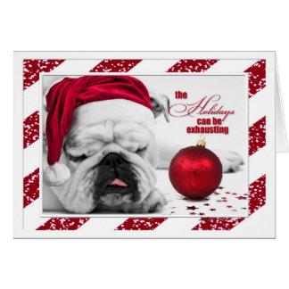 Cartão O buldogue dorme com o Natal engraçado