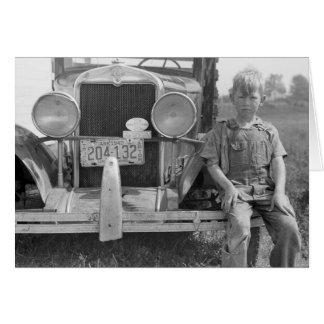 Cartão O Caminhão da máquina desbastadora emigrante da