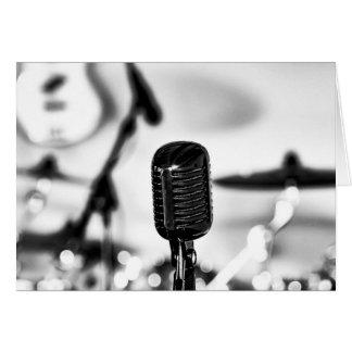 Cartão O cantor do vocalista da ligação do microfone