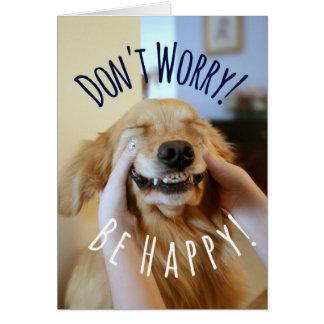 Cartão O cão de sorriso do golden retriever não se