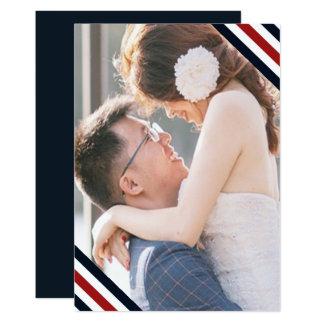 Cartão O casamento litoral listra o branco e a foto do