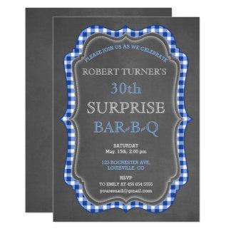 Cartão O CHURRASCO rústico do aniversário da surpresa do