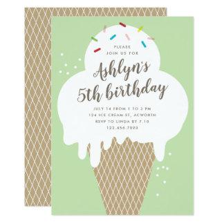 Cartão O cone do sorvete caçoa a festa de aniversário