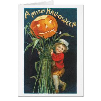 Cartão O Dia das Bruxas antiquado, espantalho da lanterna
