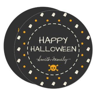 Cartão O Dia das Bruxas feliz. Pontos de polca bonitos da
