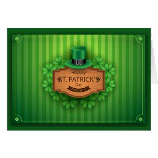 Cartão O dia de St Patrick - chapéu & trevos -