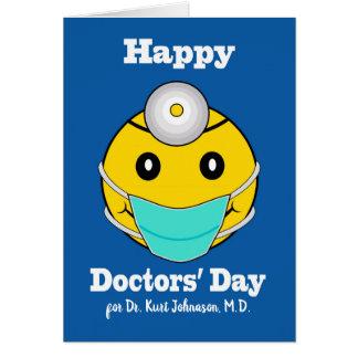 Cartão O Dia dos doutores felizes dianteiros feitos sob