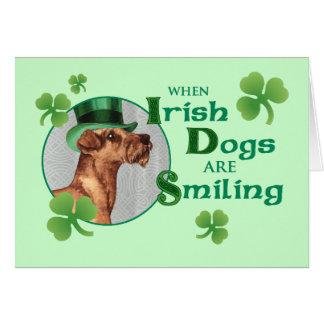 Cartão O dia Terrier irlandês de St Patrick