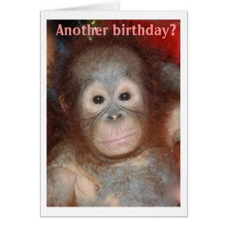 Cartão O feliz aniversario monkey ao redor
