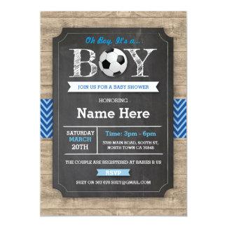 Cartão O futebol do chá de fraldas do menino azul do