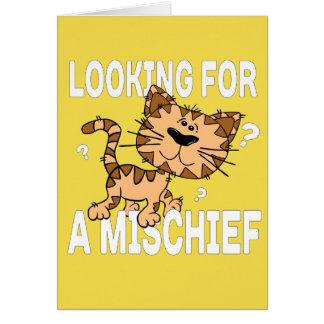 Cartão O gato engraçado dos desenhos animados procura um