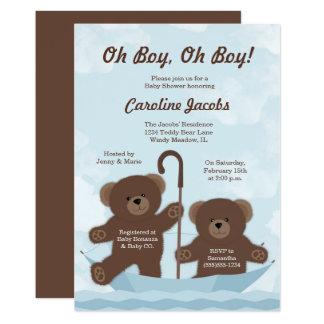 Cartão O menino do urso de ursinho junta o chá de fraldas