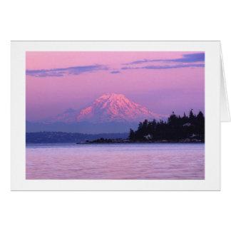 Cartão O Monte Rainier no por do sol, estado de